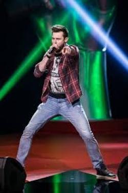 Rockende werkvloerbegeleider uit maatwerkbedrijf ZKW in finale van The Voice