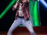 Rockende werkvloerbegeleider Bert uit maatwerkbedrijf in finale The Voice
