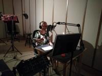 Sonja Willems in de radiostudio